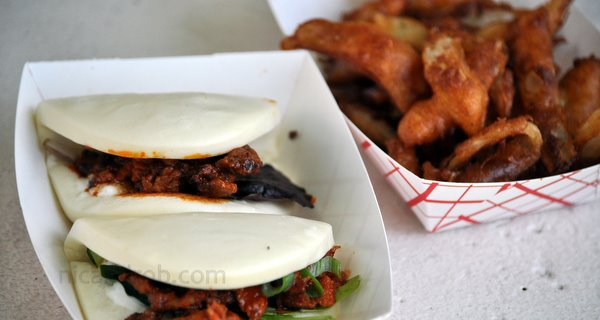 Dweji Buns and Onion Fries