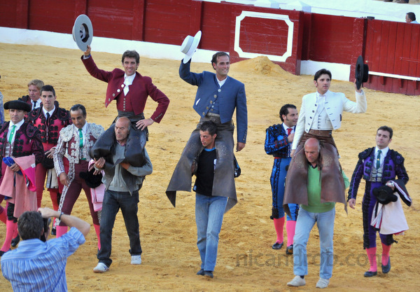 The riders after the Corrida de rejones