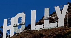 Sherwin-Williams sponsors Hollywood Sign makover