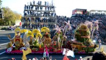 Scenes from the 2014 Rose Parade