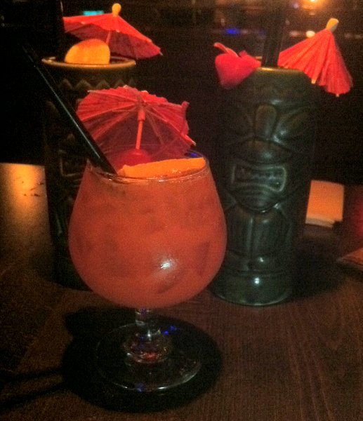 Tiki drinks at Tiki No